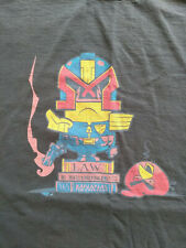 Judge Dredd, Minions, Angry Birds crossover T-shirt, XL, grey.