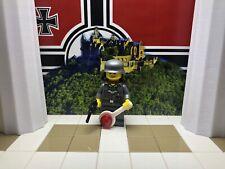 LEGO WWII LEGO German Military Police w/Mauser, Jakob Blau, Stahlhelm & Backpack