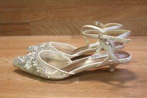 Badgley Mischka Iris Women's Kitten Heels Sz 7.5 (C-2012)