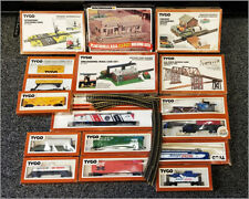 Vintage TYCO H0 Scale Electric Train Set Lot of Cars Locomotives Buildings Rails