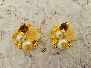 2 Chanel Buttons, Pearls, Flower & Amber color stone, Cute & Pretty
