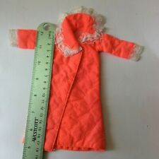 Attractive Dressing Gown - ruler in photos - vintage dolls clothes