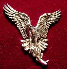PELTRO Falcon Osprey & Pesce FALCONERIA Spilla Pin