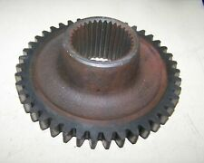 CASE-INTERNATIONAL IH 395 4210 585++ Gear - Countershaft 3rd & 4th Speed 404091R