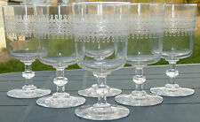 Baccarat? Service de 6 verres à vin rouge en cristal gravé. XIXe s.
