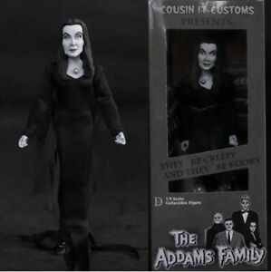 Distinctive Dummies The Addams Family B&W Morticia 1/9 Scale Action Figure