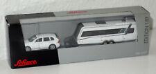 SCHUCO - Porsche Cayenne mit Wohnwagen - weiß - 25856 - 1:87 - Modell - Neu