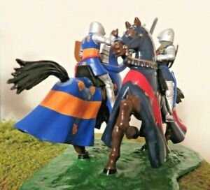 BRITAINS metal KNIGHTS OF AGINCOURT Dueling Mounted Knights