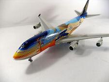 JF-747-4-003 1:200 Singapore Airlines Boeing 747-412 9V-SPK +Herpa Wings Katalog