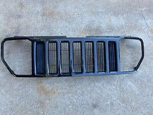 ✅⭐️ 08-12 2008-2012 Jeep Liberty Painted Grille
