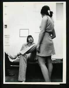 "Joe Namath at employment agency ""Mantle-Namath"" 1970 Press Photo New York Jets"