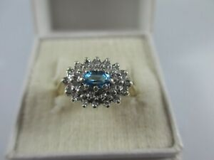 GORGEOUS PRE-OWNED, 9ct GOLD TOPAZ & DIAMOND CLUSTER RING UK SIZE L1/2  3g