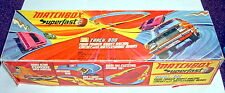 MATCHBOX SUPERFAST Track 800 Twin Power Boost Racng Circuit COMPLETO IN BOX