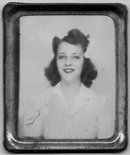 OLD PHOTOMATIC PHOTO WOMAN WEARING STRIPED DRESS FLOWER IN HAIR CIN OHIO 1940S