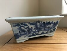 More details for 18th century chinese porcelain planter, hand painted blue & white figures