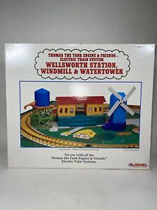 Lionel Thomas the Tank Suilding Set G Gauge Station Water Tower Windmill Set NOS
