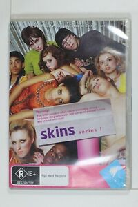 Skins Complete Series 1 to 5 - Region 4 - Preowned - Sent Tracking (D285)