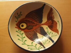 Vintage 1940s/50s Signed Puigdemont Pottery Hand Painted Fish Design Bowl.