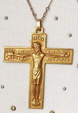 chaîne déco + grande croix vintage en relief christ rodié à l'or fin 712
