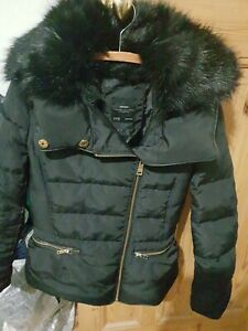 Zara Black Down Filled Padded  Jacket with faux fur collar size m