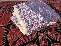 Couette indienne fait main en Inde Mandala Fleurs violettes Dessus de lit Coton