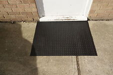Rubber floor bike mat 3mm thick tough and flexible, will not crack when folded