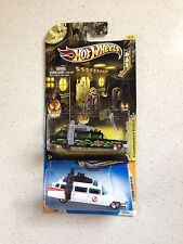 Hot Wheels Lot Of 2 Ghostbusters Ecto-1 Halloween version And First Edition