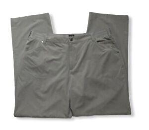 Adidas golf pants size 40x32 EUC BB110