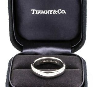 Tiffany & Co. Mens Platinum Wedding Band , 4.5mm, Size 8, Retails $1,700