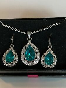 Avon Silverone Necklace & Earring Set-Teardrop Green Stone Circled by Cz's, New