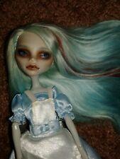 Ooak Custom Ghoulia Monster High Alice in wonderland Moxie 2 dolls!!!
