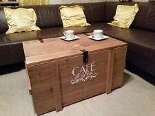 XL Holzkiste  im shabby chic, Vintage style Holztruhe braun Cafe de Paris