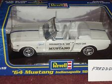 REVELL 1964 1/2 FORD MUSTANG CONVERTIBLE 1/18 INDY PACE CAR