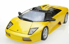 Voitures, camions et fourgons miniatures jaune Maisto cars