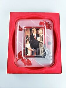 Mikasa Feelings Crystal Picture Frame Frosted Ginkgo Leaf 4 X 6  10-1/2 inches