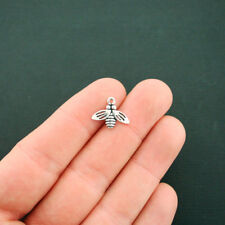 15 Bee Charms Antique Silver Tone - SC6482