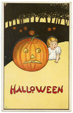 Halloween Child Creeping Up on JOL