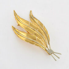 Vintage Euro 1970s 18 k Two-tone Solid Gold Three Feathers Motif  Brooch / Pin