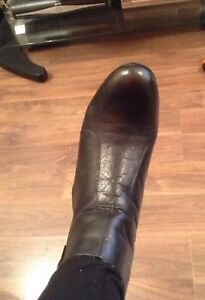 BEAUTIFUL LADIES BLACK ANKLE BOOTS SIZE 8