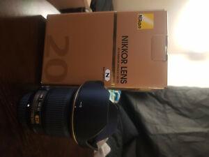 Nikon AF-S NIKKOR 20MM F1.8G ED Lens - Mint condition