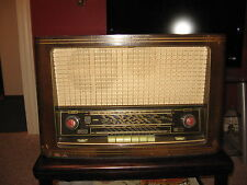 1954 SABA; Villingen Black Forest W5 Table top Radio