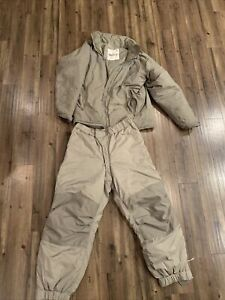 US Army Gen III Level 7 Extreme Cold Weather Parka  And Trousers Small Regular