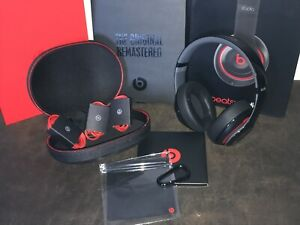 Beats Studio 2 by Dr. Dre B0500 Wired Headphones calls Black red 20 hrs