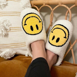 NEW Women's Smile Smiley Happy Face Soft Cozy Fluffy Cute Indoor Shoes Slippers
