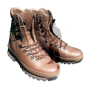 BRITISH ARMY - ALTBERG Defenders Combat Boots Brown Leather Mens