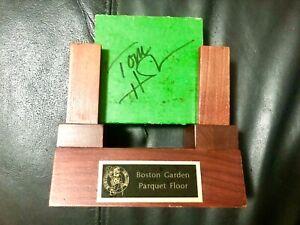 TOMMY HEINSOHN tom SIGNED BOSTON GARDEN PARQUET FLOOR BOARD piece Boston Celtics