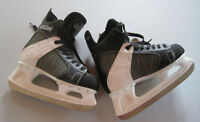 MEN'S CCM INTRUDER 55 BLACK AND WHITE ICE HOCKEY SKATES SIZE 8-9