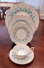 """COALPORT """"HAREBELL"""" PATTERN 9236 5 PIECE PLACE SETTING MADE IN ENGLAND"""