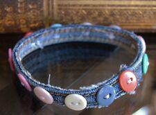 Upcycling Schmuck Armreif, Armband  aus Jeans  und Knöpfen Handarbeit