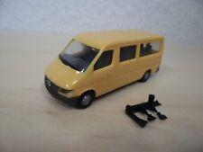 Herpa 1:87 - Mercedes-Benz Sprinter `95 (T1N) Bus - gelb - 042543